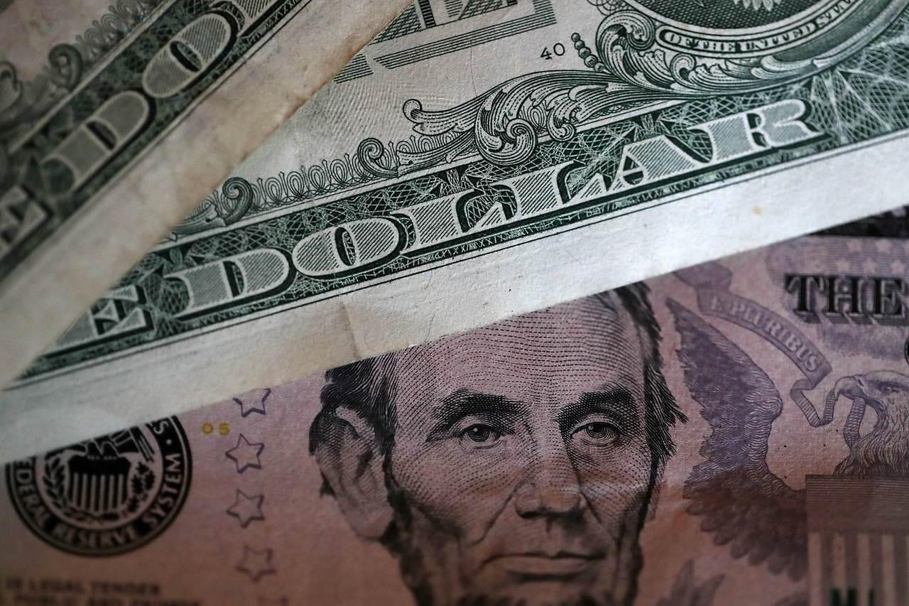 美元。(圖/法新社)