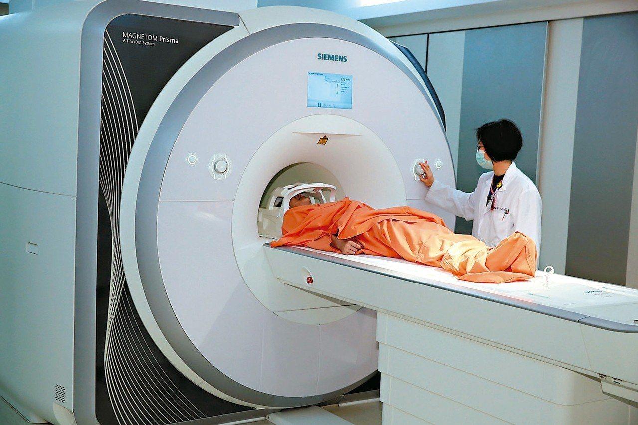 核磁共振造影盡量別動,否則影響影像清晰度。 圖/聯合報系資料照片