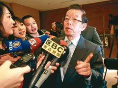 蘇啟誠輕生事件 謝長廷臉書列七點回擊指控