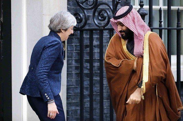 英相梅伊計畫在G20峰會上跟沙國王儲談哈紹吉遇害案。 (法新社)