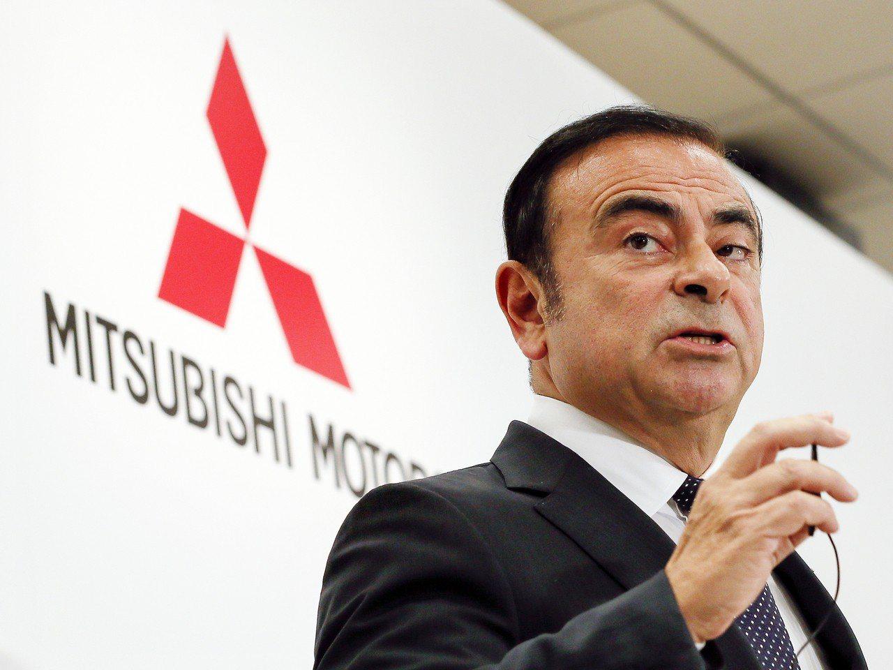 雷諾集團和日產汽車的重量級領導人戈恩(圖)因涉嫌財務不法遭到逮捕,東京檢方還決定...