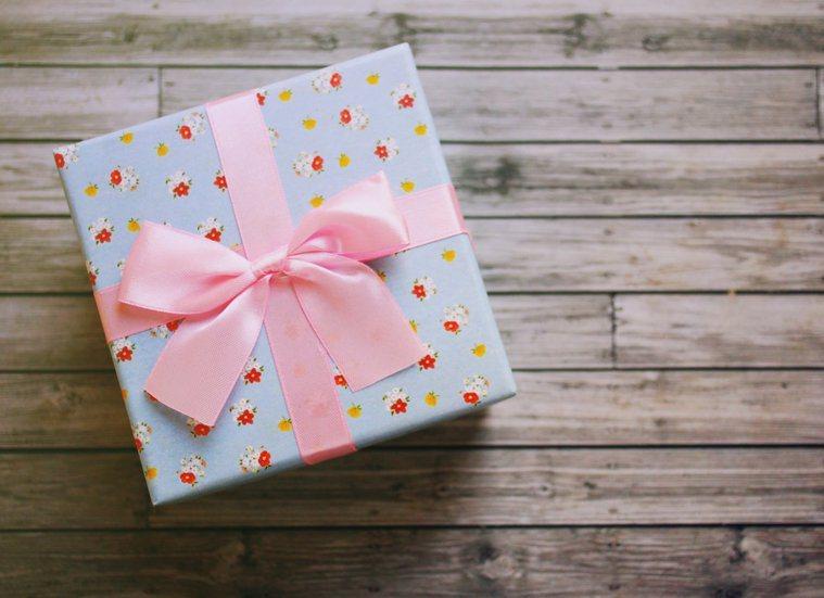 禮物。ingimage示意圖