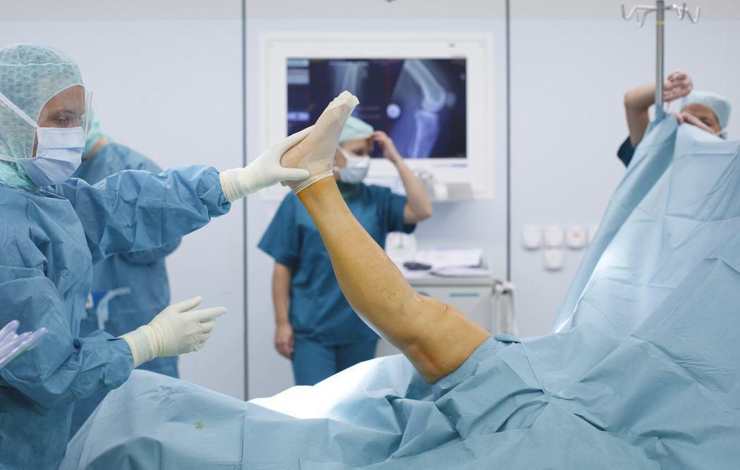 美國FDA在過去10年中,就有多達540萬筆與醫療裝置瑕疵有關的報告,其中包括超...