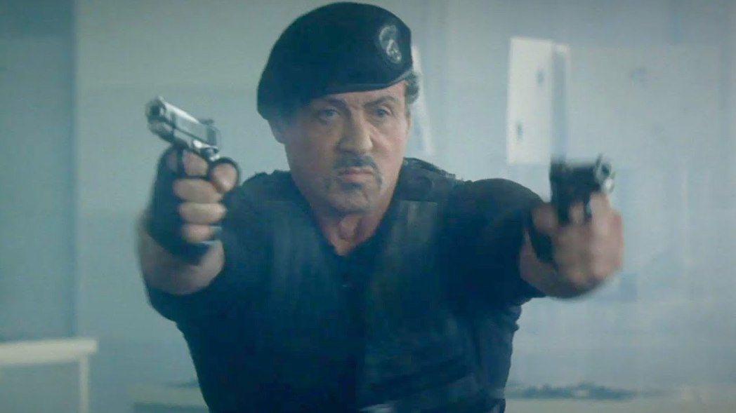 席維斯史特龍曾在「浴血任務」系列中飾演傭兵英雄。圖/摘自推特
