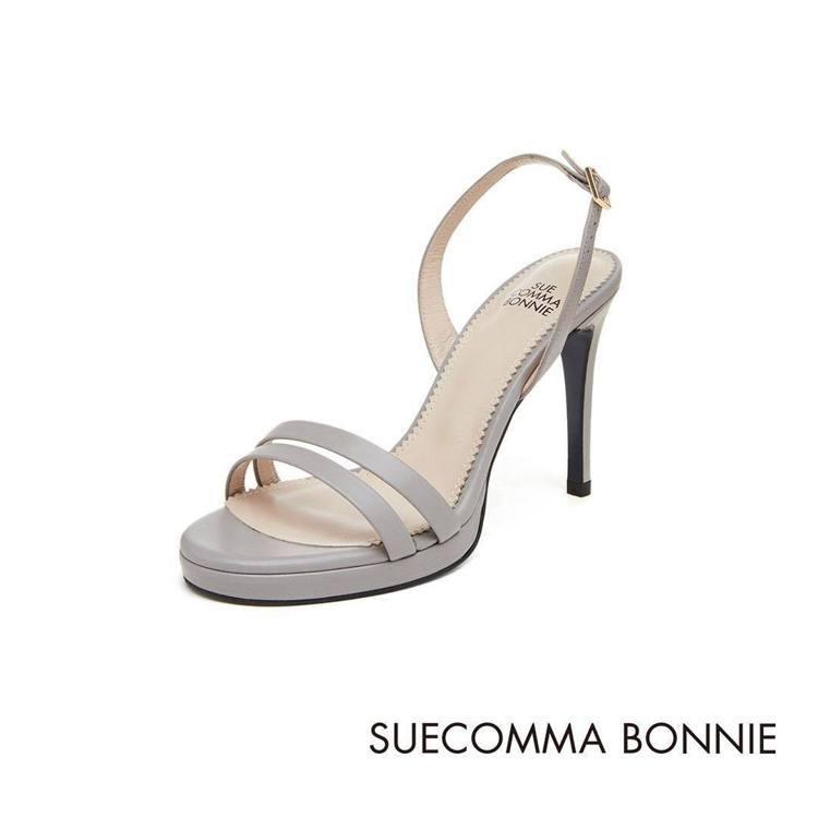 Suecomma Bonnie鞋履堪稱是《男朋友》主角相遇的開端。圖/取自IG