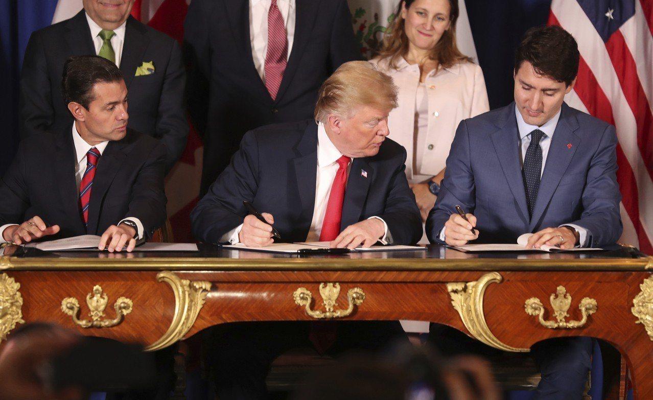 川普拿下G20峰會首場勝利,美加墨三國簽署新貿易協議,不過仍需美國會批准。 世界...
