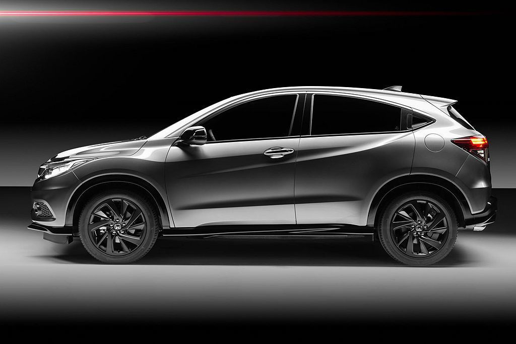 Honda HR-V Sport還針對懸吊及轉向系統重新調整,換裝高性能減震筒增加車輛穩定性外,可變齒比電動輔助轉向系統,則提供更敏銳的操控反應。 圖/Honda提供