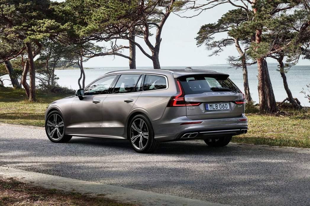 新世代美規Volvo V60高階車款僅提供T6汽油動力。 摘自Volvo
