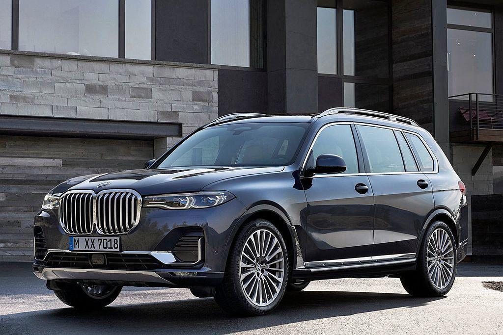 身為品牌尺碼最大、最豪華旗艦休旅BMW X7,也將會在明年登台販售。 圖/BMW...