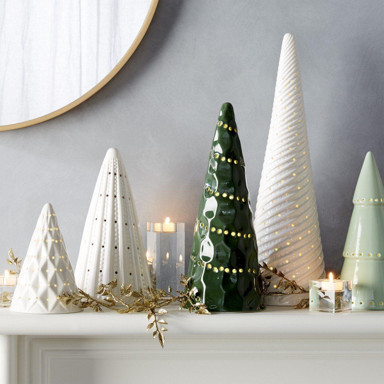 Crate and Barrel LED陶瓷聖誕樹擺飾,建議售價1,250~2,...