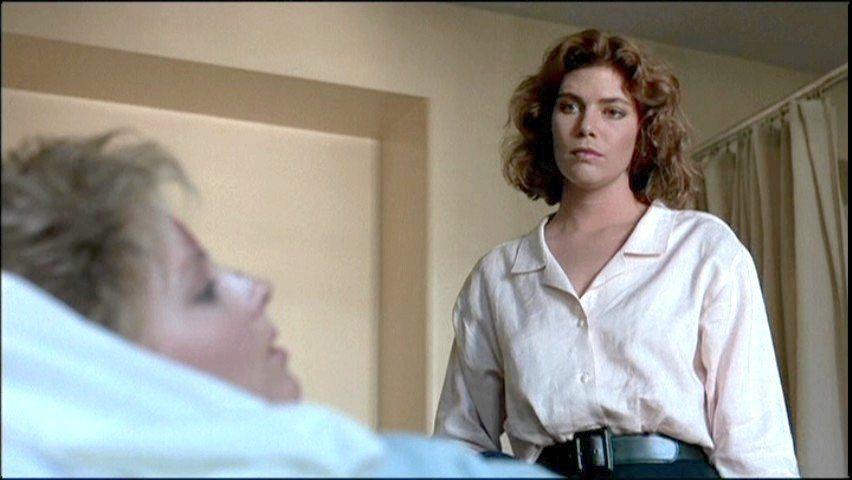 凱莉麥姬莉絲(右)在「控訴」後,電影事業漸走下坡。圖/摘自imdb