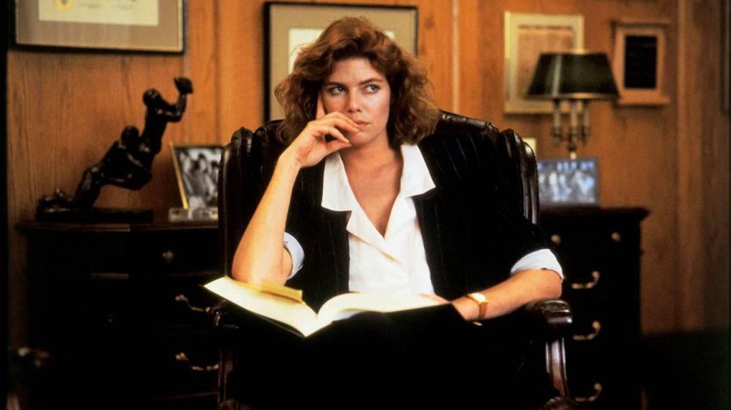 凱莉麥姬莉絲在「控訴」演為強暴受害者打官司的律師,其實自己才經過性侵的創傷。圖/...