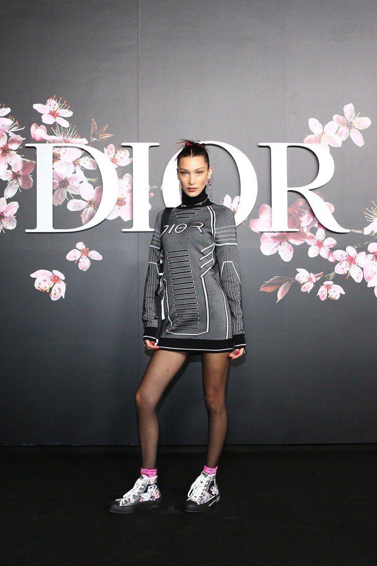 貝拉哈蒂德前往東京參與Dior Men 2019早秋發表。圖/Dior提供
