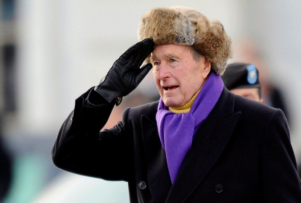 美國前總統老布希11月30日去世,享壽94歲。