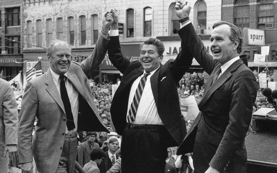 對照近代多數總統,登上大位前僅擔任過州長或國會議員,甚至毫無從政經歷,老布希被譽...