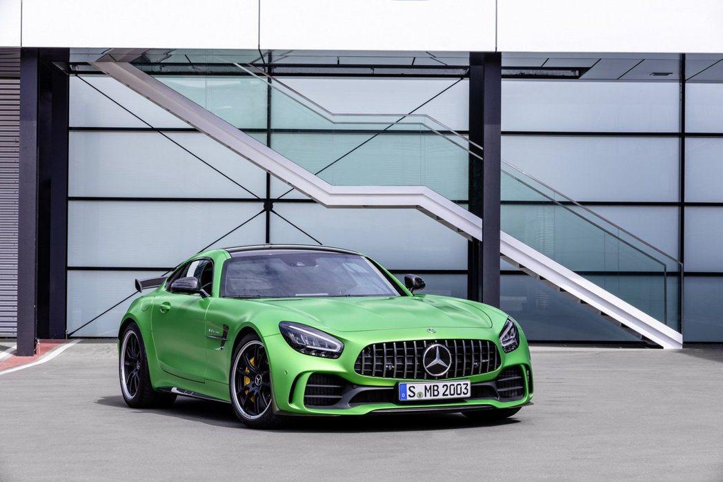 Mercedes-AMG GT R。 摘自Mercedes-AMG