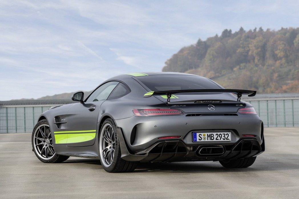 Mercedes-AMG GT R Pro。 摘自Mercedes-AMG
