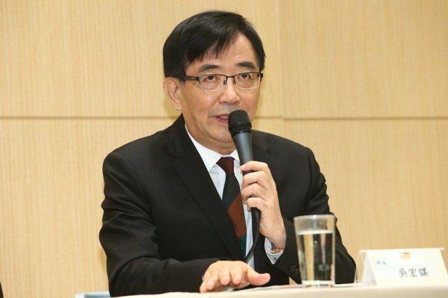 行政院已同意中華郵政公司董事長職務,由交通部前部長吳宏謀接任。 報系資料照