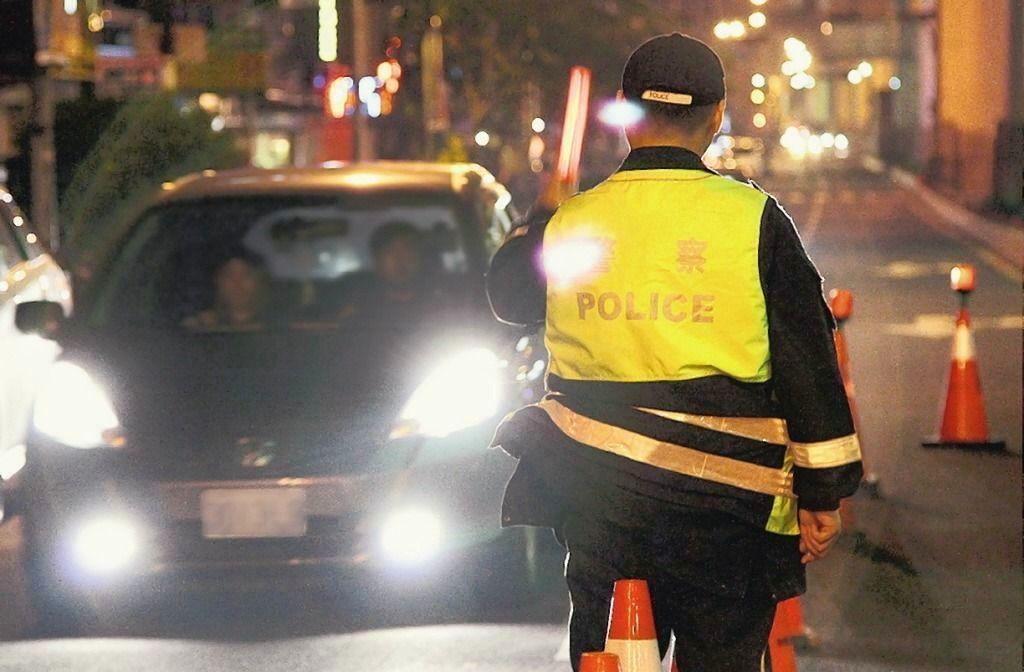 警方在街上攔檢酒測。 圖/聯合報系資料照片