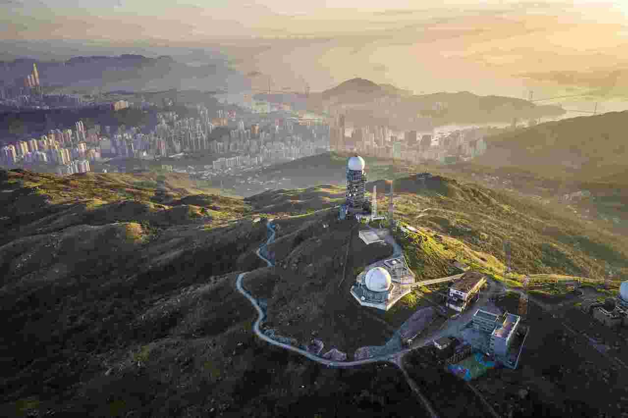 香港第一高峰大帽山是香港熱門的登山郊遊路線。 影像提供Tugo Cheng