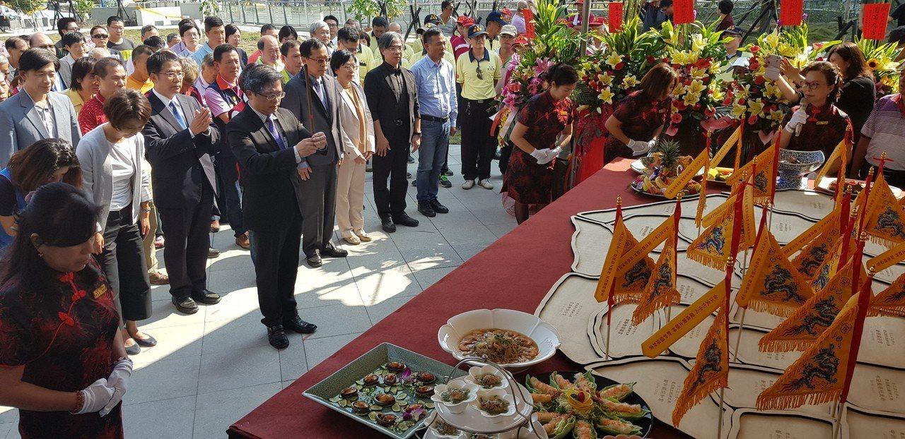 台南台江文化中心下午舉辦謝土儀式。 記者修瑞瑩/攝影
