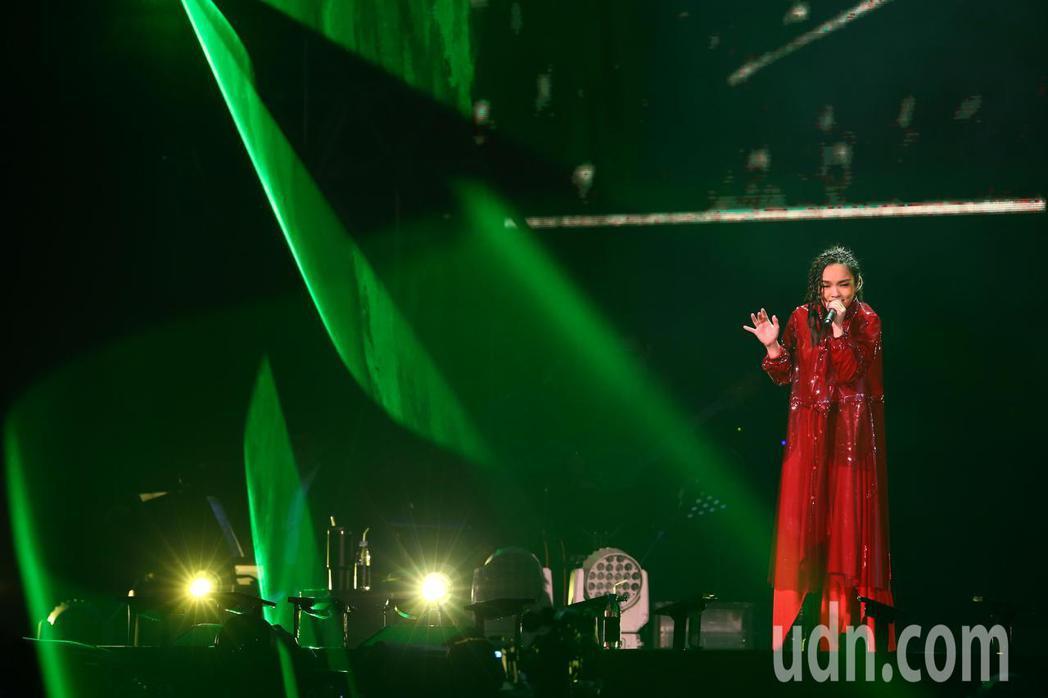 金曲歌后徐佳瑩下午在小巨蛋繼續開唱,連續兩天舉辦《2018是日救星旗艦返航版》演...