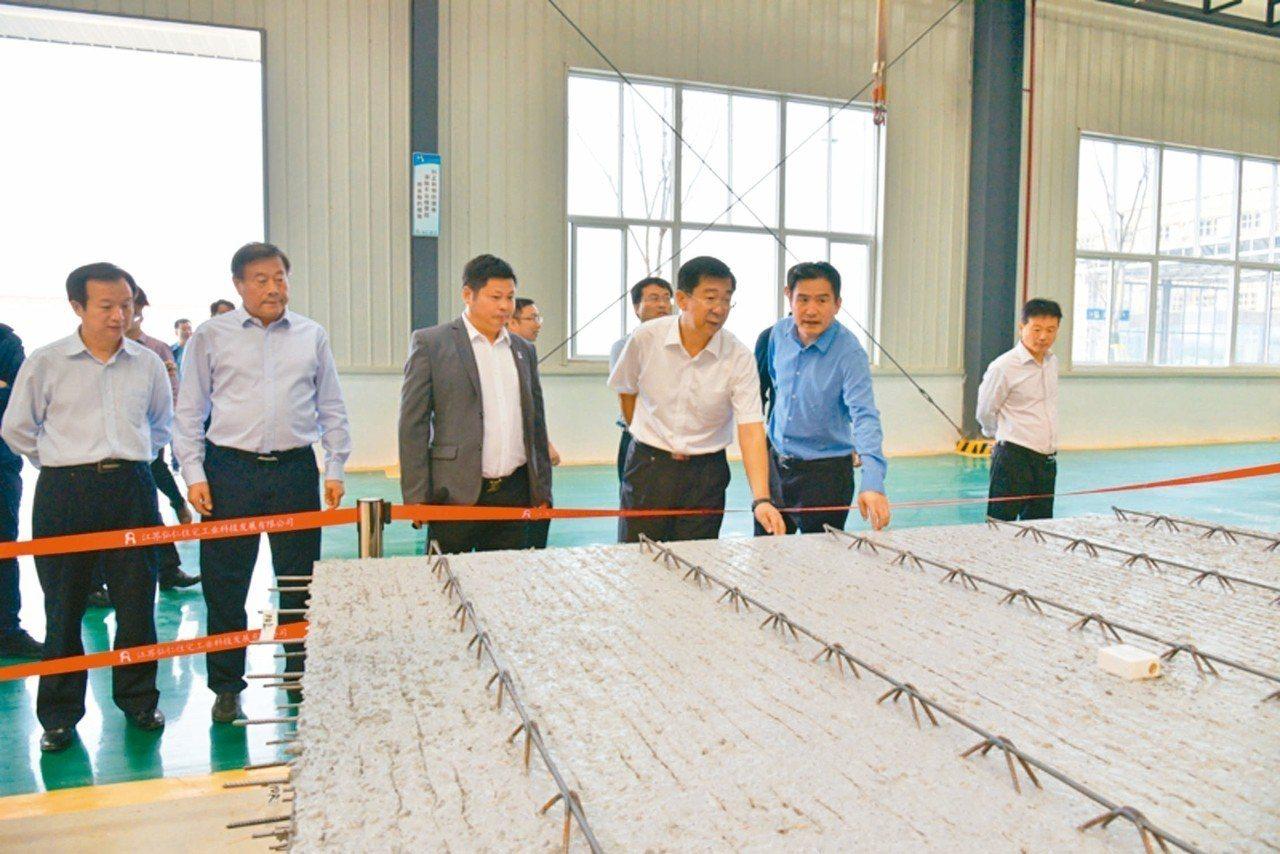 徐州市賈汪區委書記張克9月底上任,10月9日就到徐州工業園區展開專題調研。他指出...