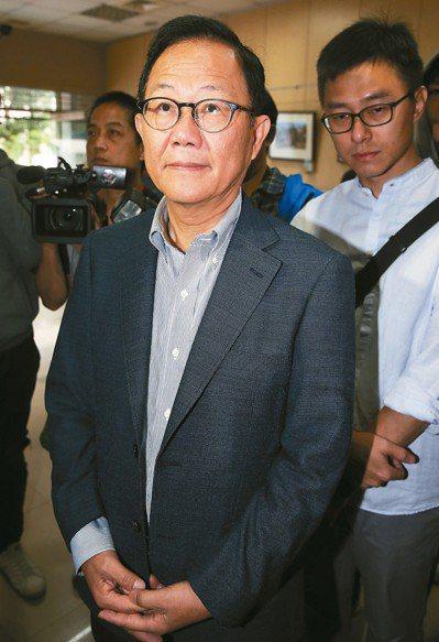 國民黨台北市長候選人丁守中到場關心驗票情況。 記者余承翰/攝影