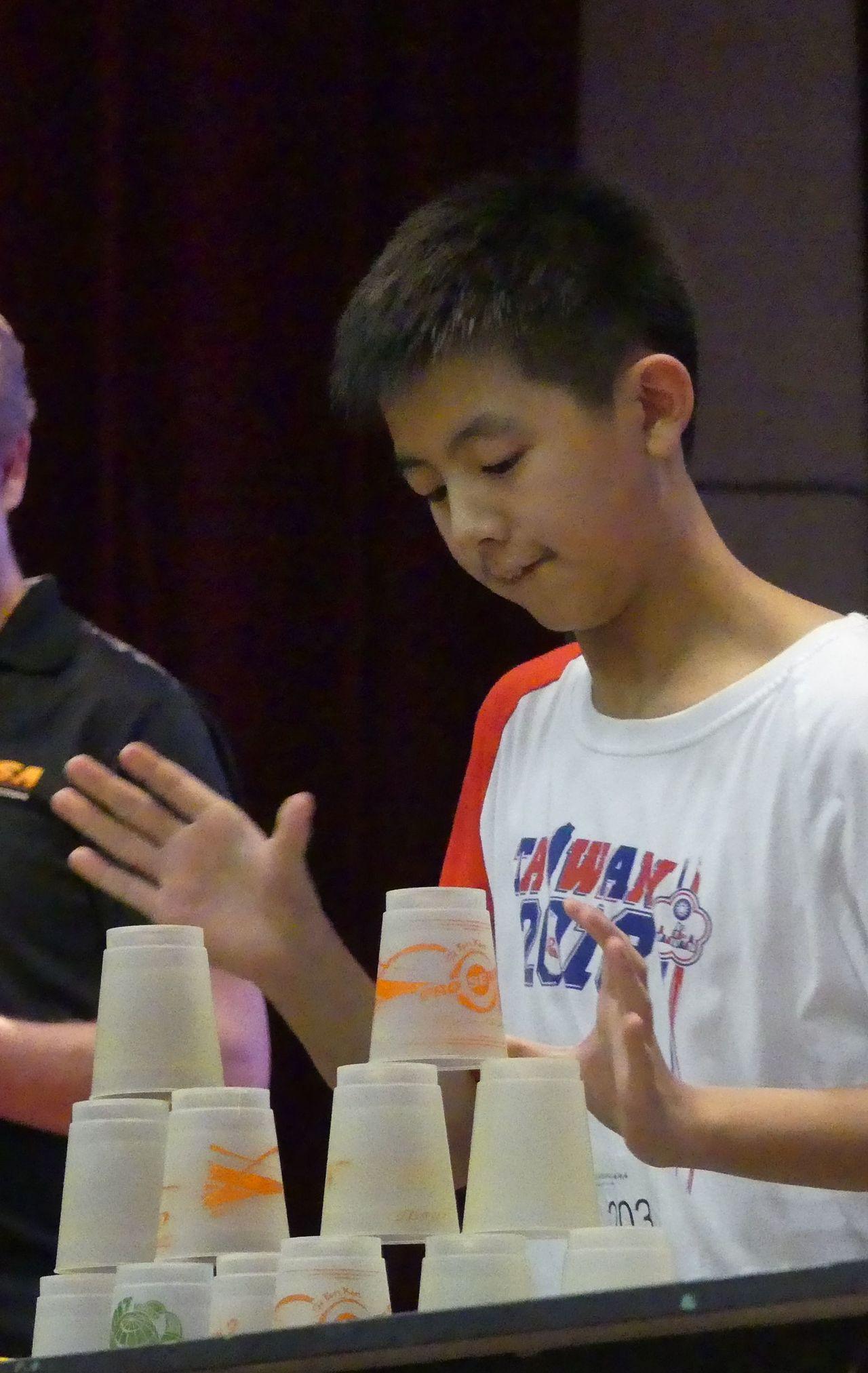 13歲的呂沛祥是中華疊杯隊史上,首次闖進全場不分齡SOC附加賽的男生,號稱「台灣...