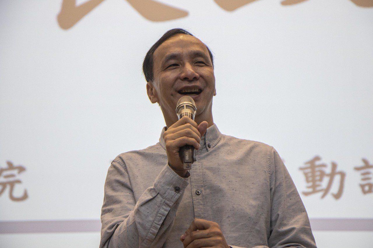 新北副市長李四川帶領新北業者組團到中國大陸深圳,商品都在展期隔天就銷售一空,新北...