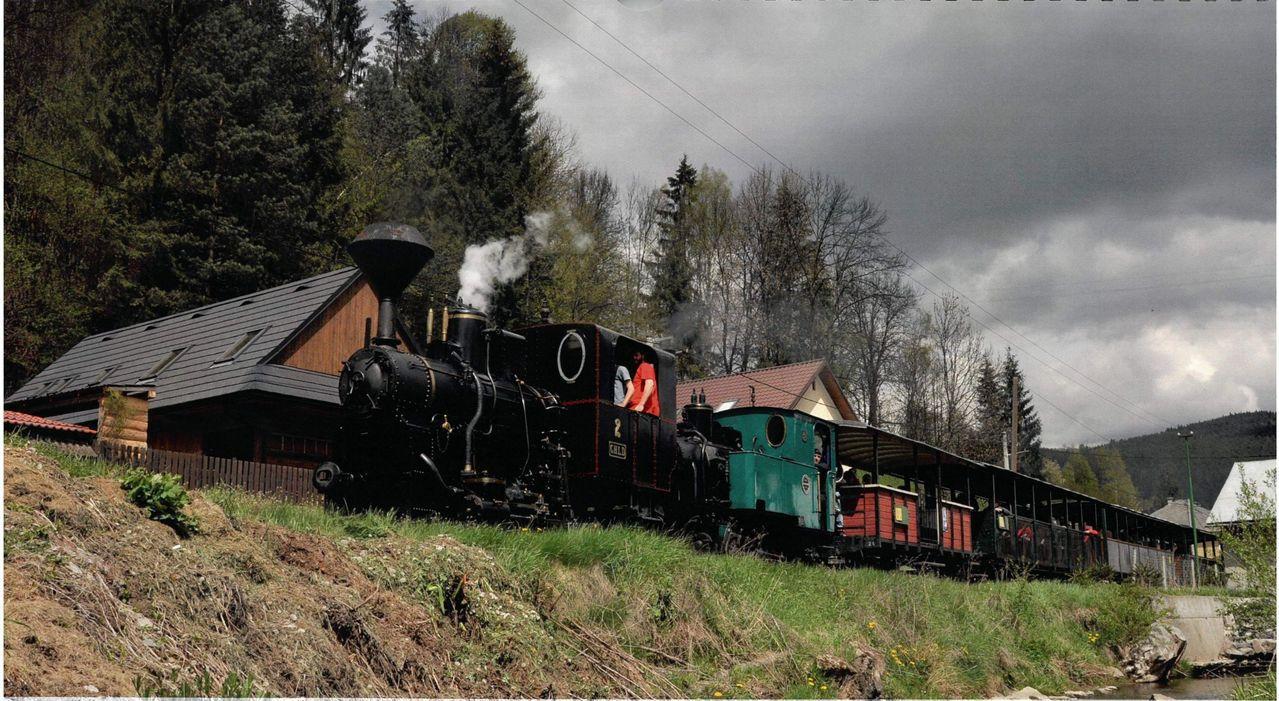 切尼赫榮蒸汽火車行駛一景。圖/阿里山林鐵文資處提供