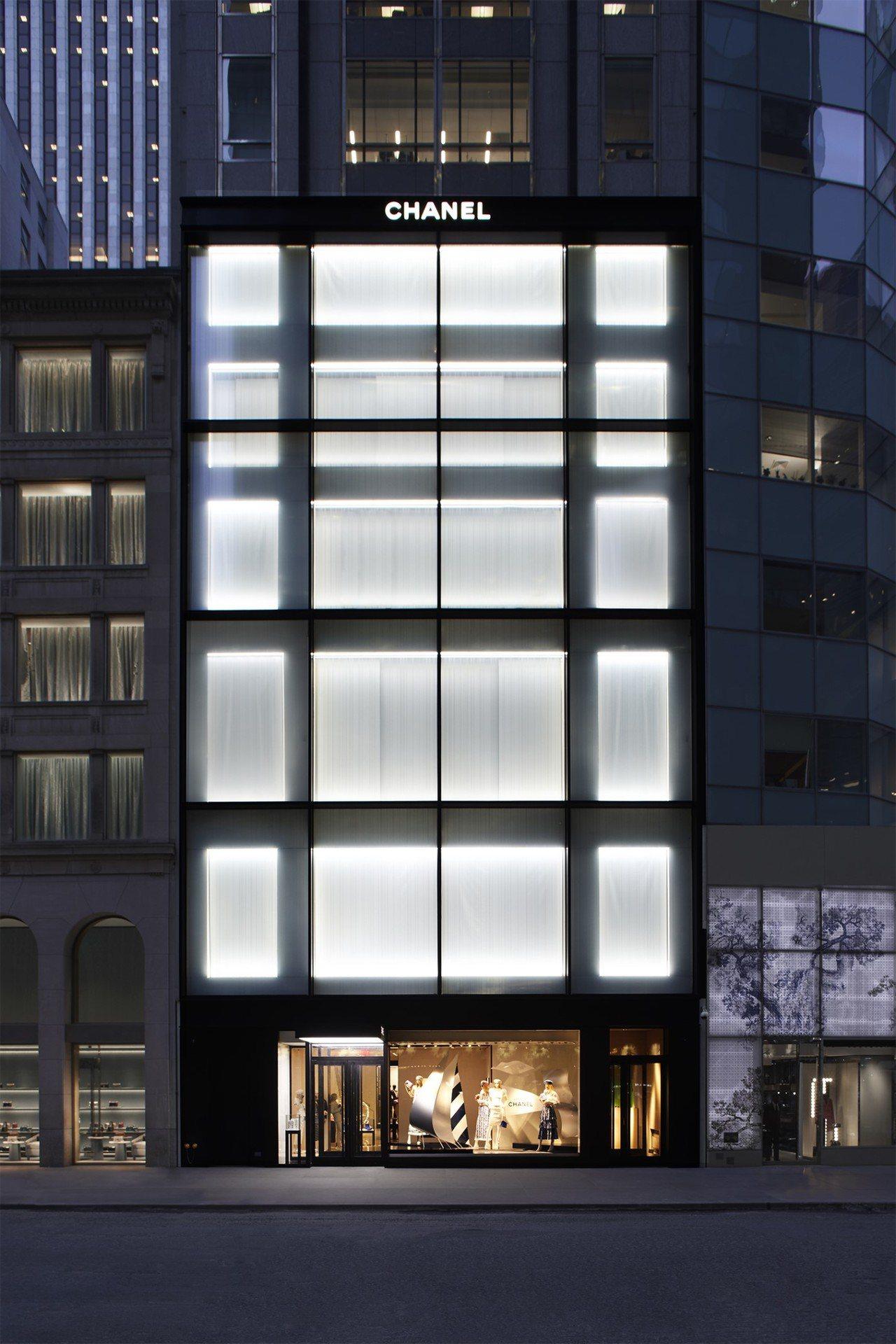 香奈兒位於紐約57街的旗艦店由長期與香奈兒合作的紐約建築師Peter Marin...