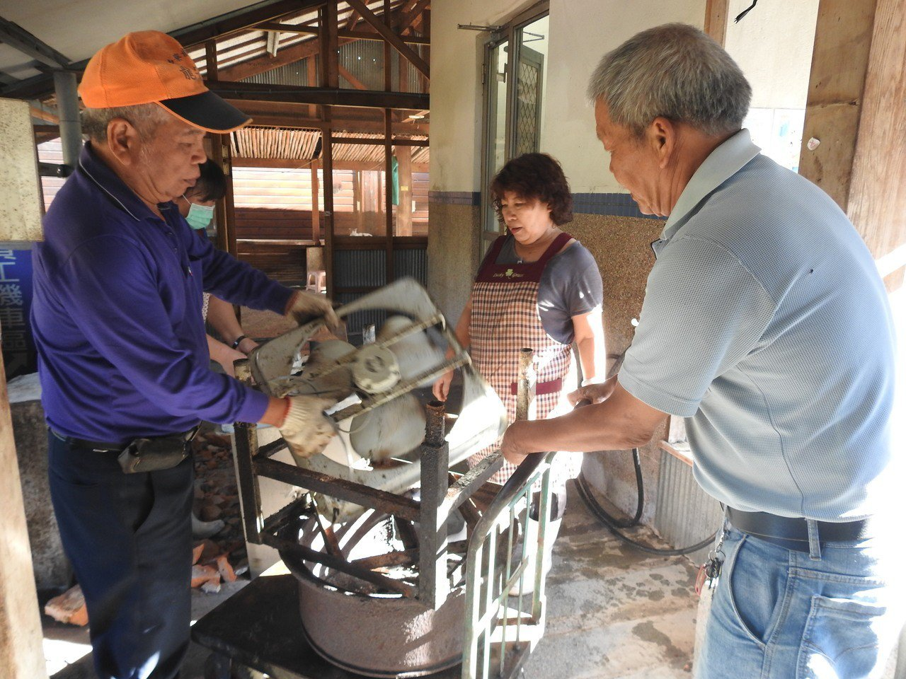 南投縣中寮鄉龍眼林協會今年將在台企銀協助下改善餐廚環境。記者賴香珊/攝影