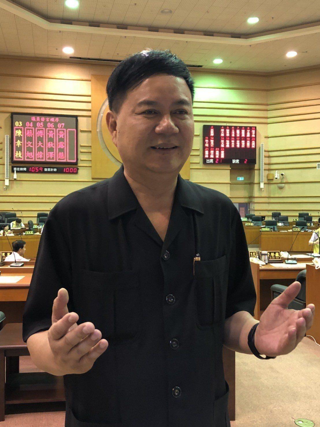 現任嘉義市議會副議長郭明賓有意拚議長,但涉入賄選案,後續發展仍有變數。本報資料照