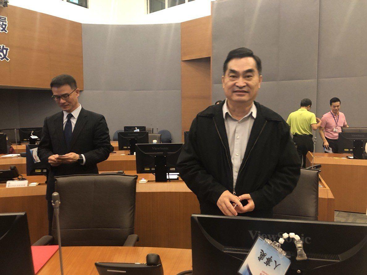 台北市副市長鄧家基金出席與全聯福利中心的「災害物資供給支援 合作備忘錄簽署儀式」...