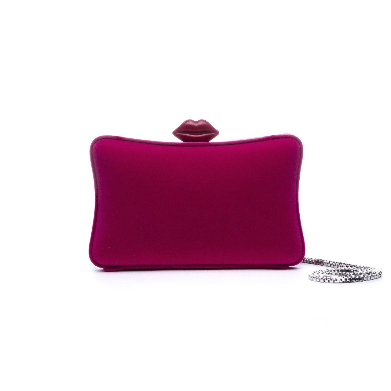 天鵝絨手拿包 (桃紅) ,13,800元。圖/LULU GUINNESS提供