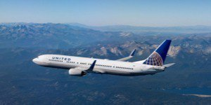 聯合航空於今日宣布推出全新的尊尚客艙—聯合豪華經濟艙(United® Premi...