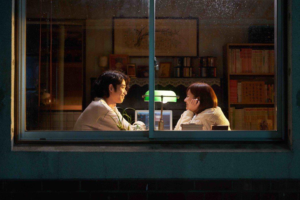 劉以豪(左)、陳意涵在戲中為彼此犧牲、付出,相當虐心。圖/傳影互動提供