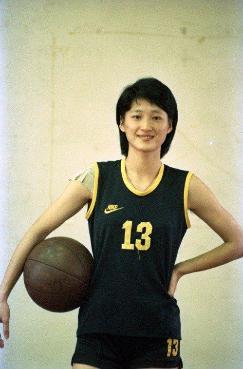 陳莉蓮就讀靜修女中時獲選亞青國手,自此展開籃球國手生涯。 聯合報系資料照
