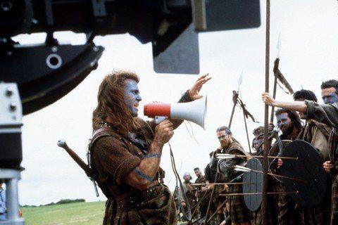 「在場有人自認說蘇格蘭語嗎?」(設計對白)圖為1995年電影《英雄本色》(Bra...