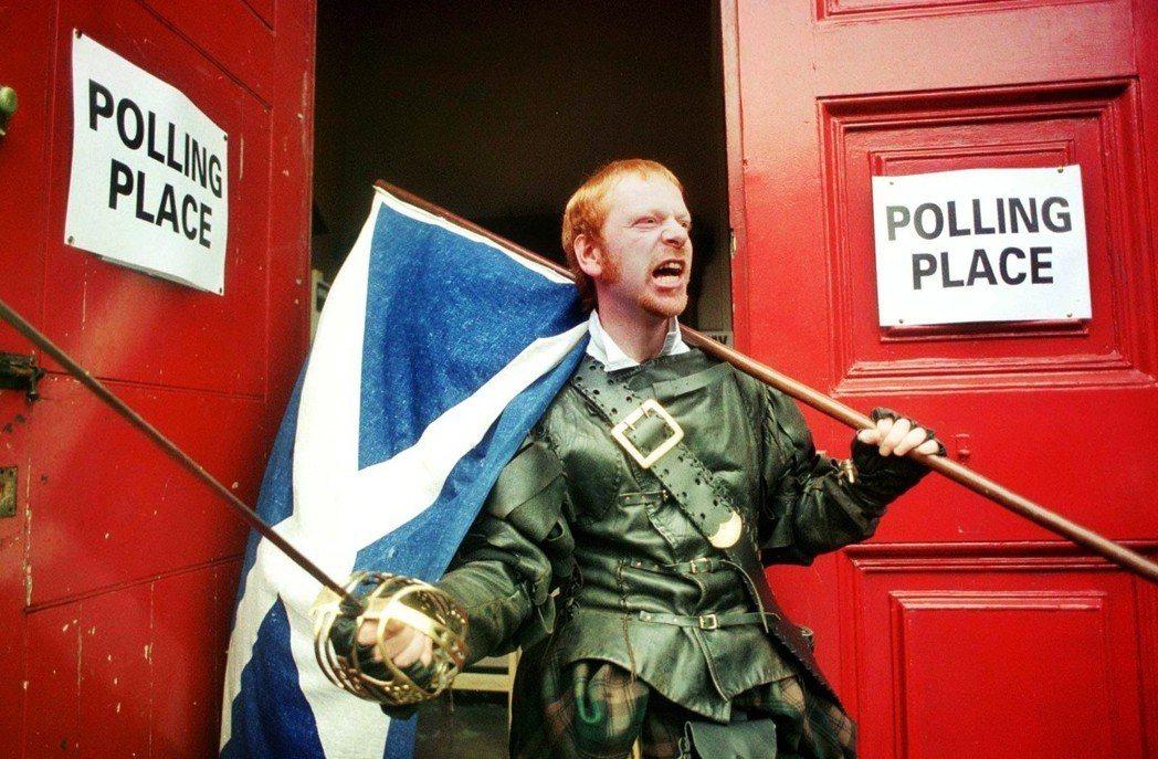 儘管大部分的受訪者都同意蘇格蘭語應該被傳承下去,但蘇格蘭語復興運動目前在蘇格蘭儼...