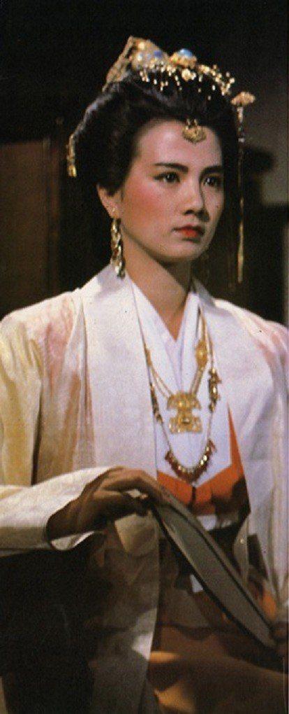 彭雪芬在「大輪迴」扮演明朝官家千金,展現不一樣的美感。圖/摘自HKMDB