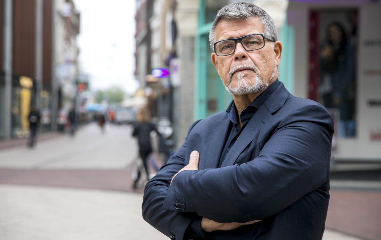 69歲男子雷特班自認因年紀大備受歧視,向法院提出申請,希望將實際年齡降低20歲,...