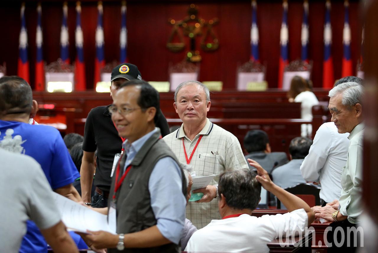 司法院憲法法庭下午舉行軍改釋憲說明會,開放32名民眾進場旁聽。記者余承翰/攝影
