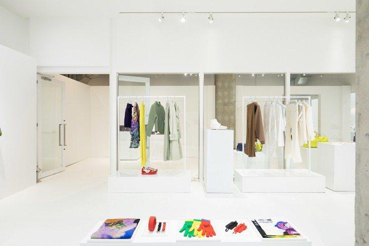 2019春夏男裝有著如彩虹般的各樣色系,也傳達了設計師的理念。圖/LV提供