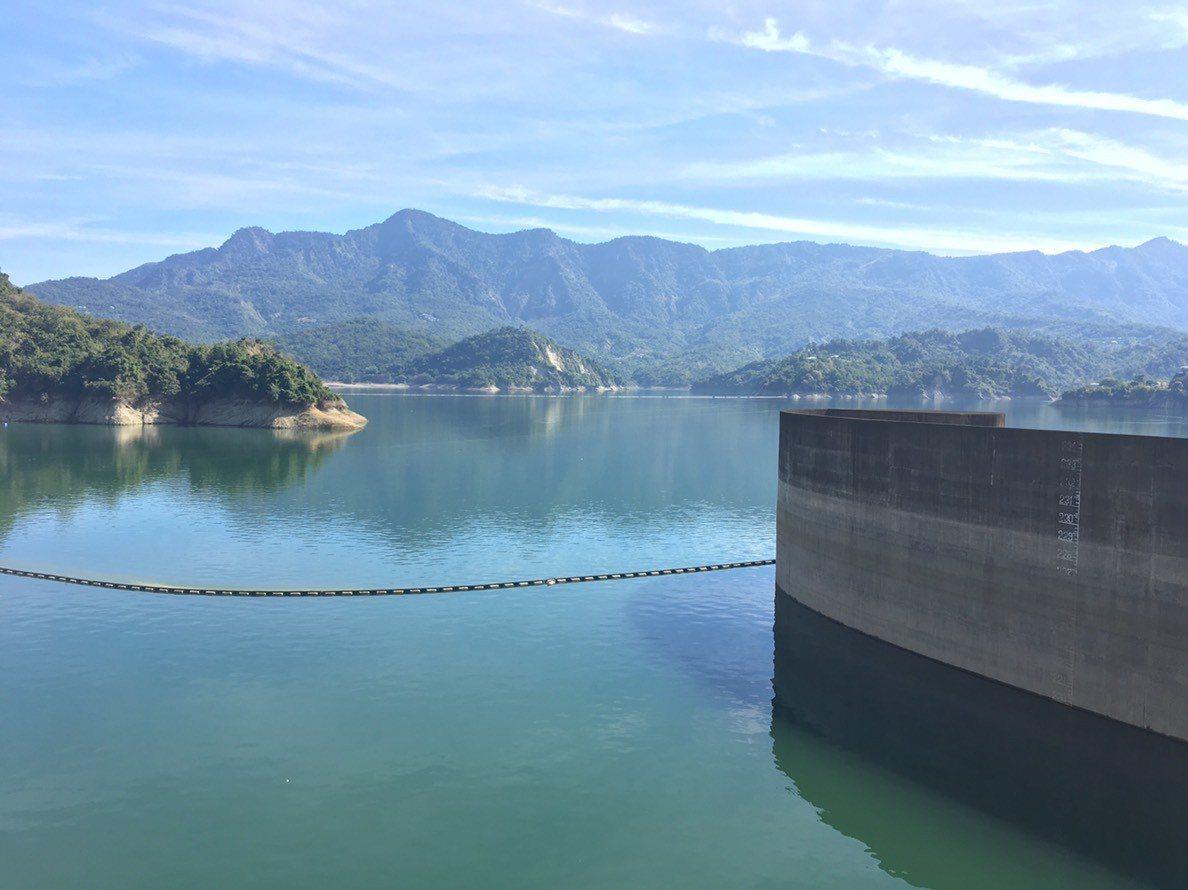目前雖水情正常,但已進入枯水期,南水局會嚴密監控水情及機動調度水源,也盼社會各界...
