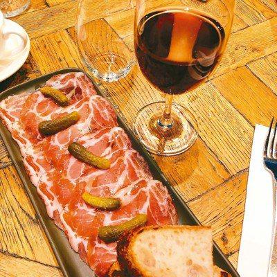 Meletos製12周維多利亞走地豬頸肉做成的Coppa火腿佐紅酒,美極。 ...