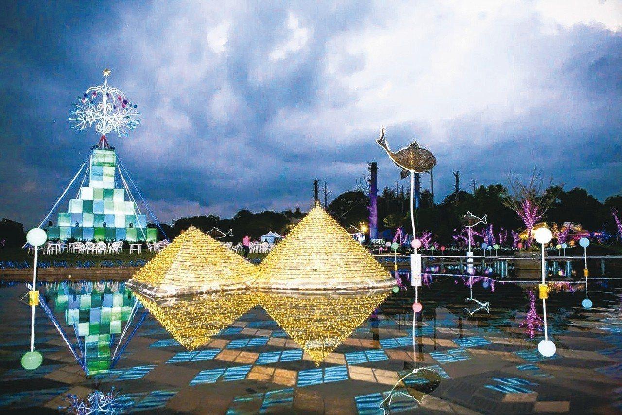 宜蘭縣府廣場的耶誕燈飾近來吸引許多人潮,新縣長林姿妙希望把活動延長到農曆過年。 ...
