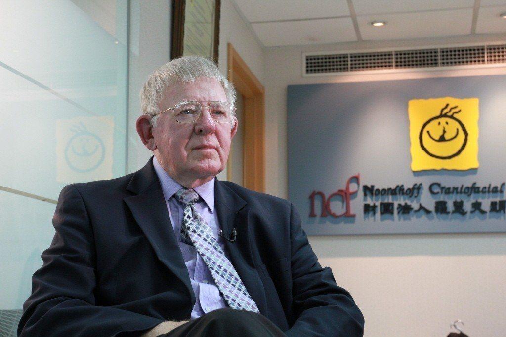 羅慧夫顱顏基金會的創辦人羅慧夫醫師辭世,享耆壽91歲。他將40年的青春歲月奉獻給...