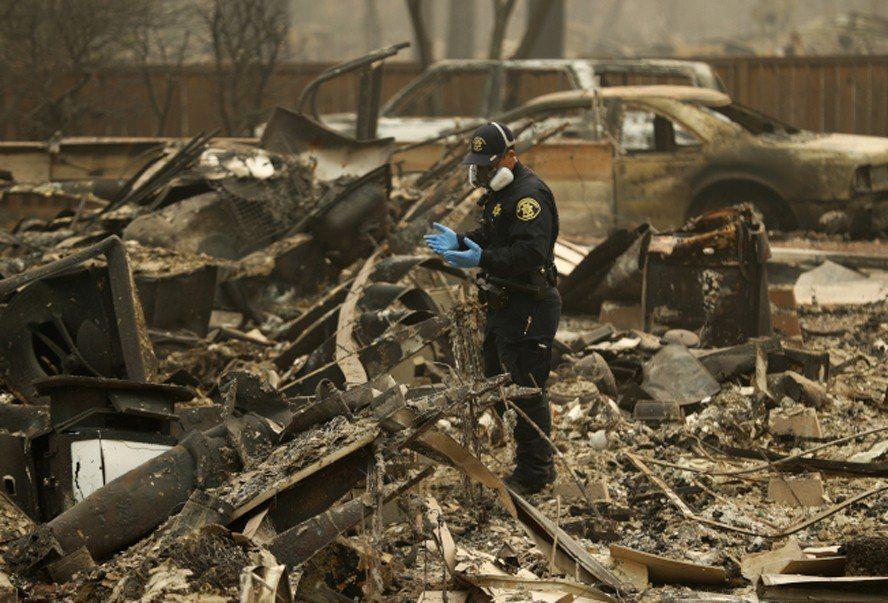 加州史上死傷人數最高、房舍毀損最慘重的山林大火,上個月不但奪走數十條生命,數以千...